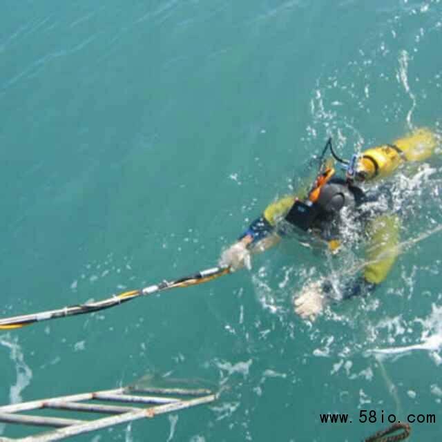 雁山取水头水下改造先进设备